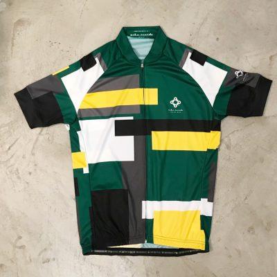 Geometric jerseys - by Bike Inside